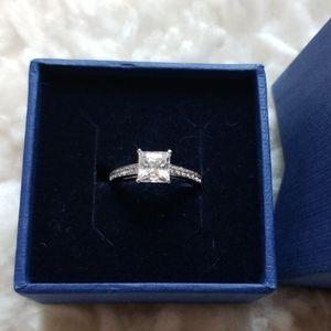 Swarovski Crystal Ring Sz 6